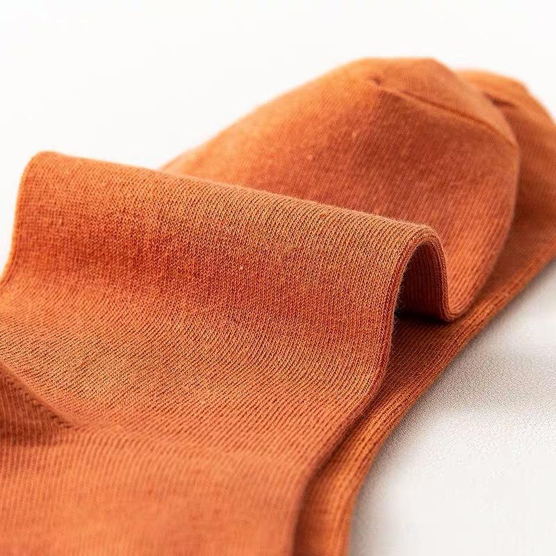 Socks male explosive socks trend long tube autumn and winter deodorant basketball student couple ins wind